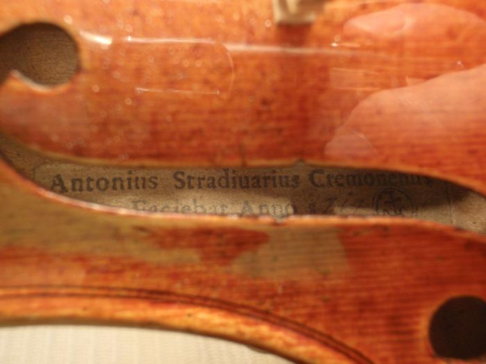 Etiqueta de violín